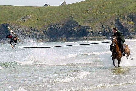 Когато не можем да изберем между ездата и сърфирането!